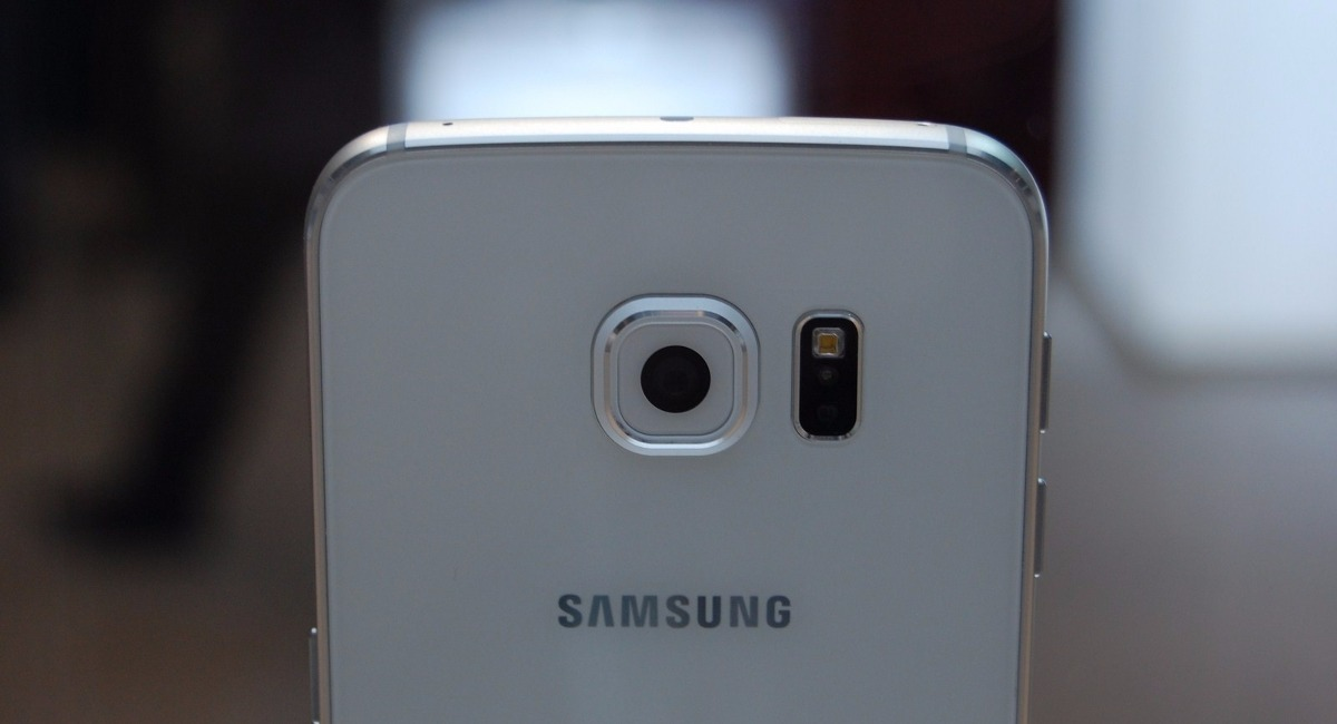 Come smontare un Samsung Galaxy S6. Facile e veloce 1