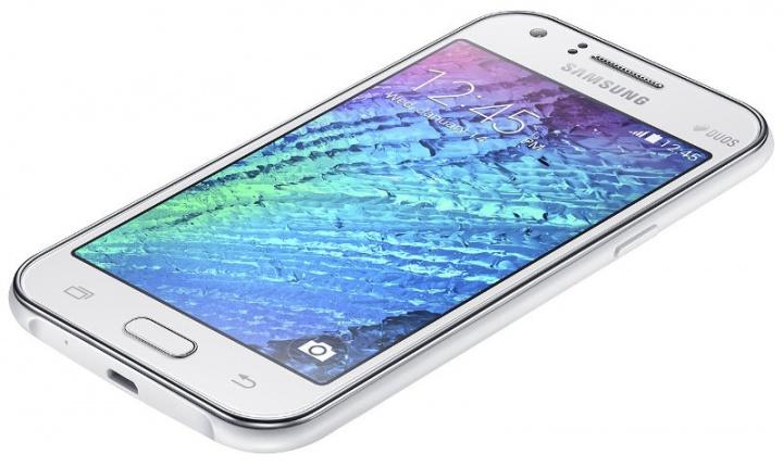 Samsung J1 Ace. Vantaggi e svantaggi 2