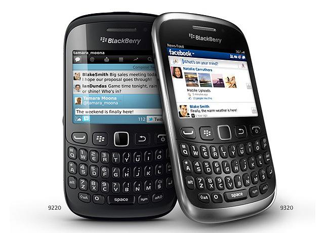 Scarica WhatsApp gratuito per BlackBerry Curve 9320 1