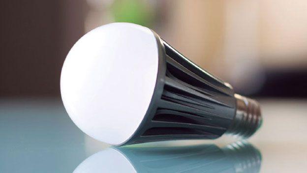 È possibile acquistare una lampadina che dura una vita? 1