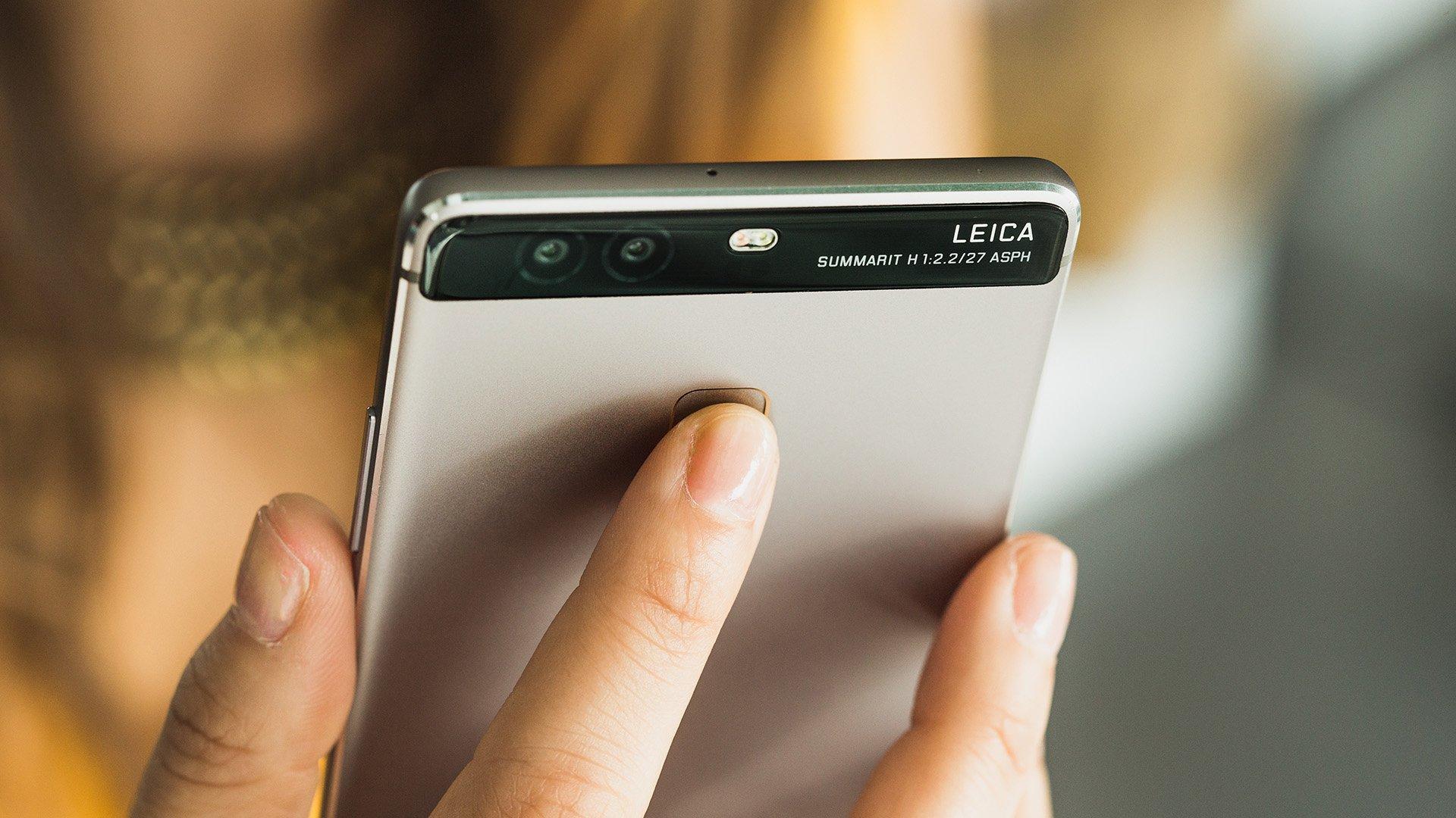 Come riavviare un telefono cellulare con una batteria non rimovibile 1