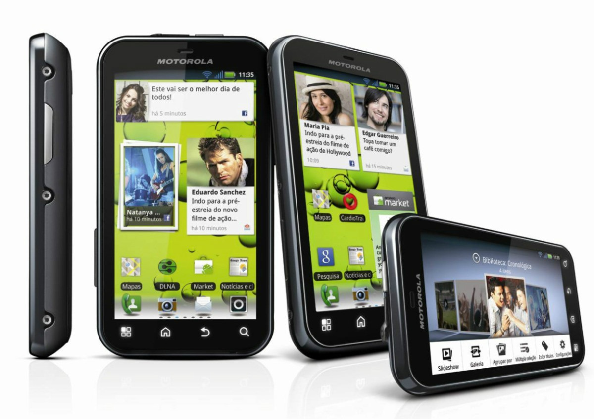 Scarica WhatsApp gratuitamente per Motorola Defy MB526 2