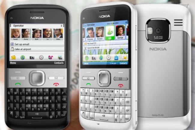 Scarica WhatsApp gratuitamente su Nokia E5 1