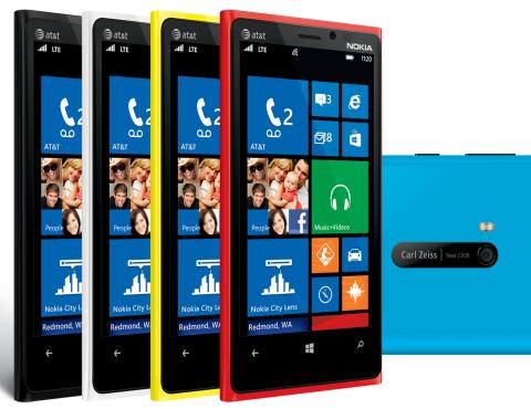 Scarica WhatsApp gratuitamente per Nokia Lumia 920 1