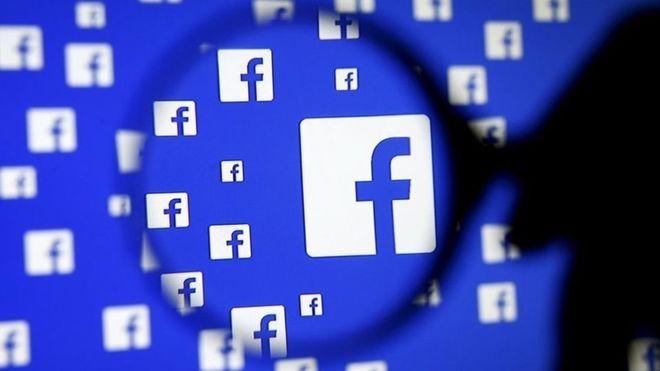 Pubblica su Facebook in varie lingue 1