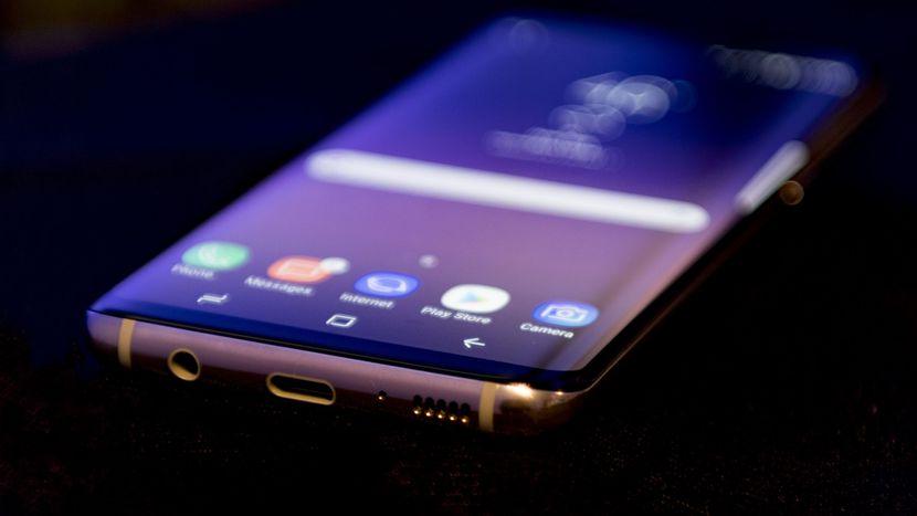 Ecco come caricare la batteria del tuo Samsung Galaxy S8 1