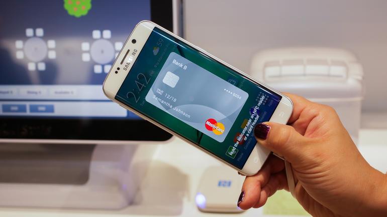 Scarica Samsung Pay per Android e puoi dimenticare di portare le tue carte ovunque 1