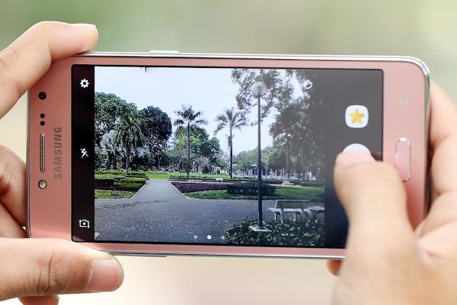 La soluzione Samsung Galaxy J2 Prime scatta foto scure 1