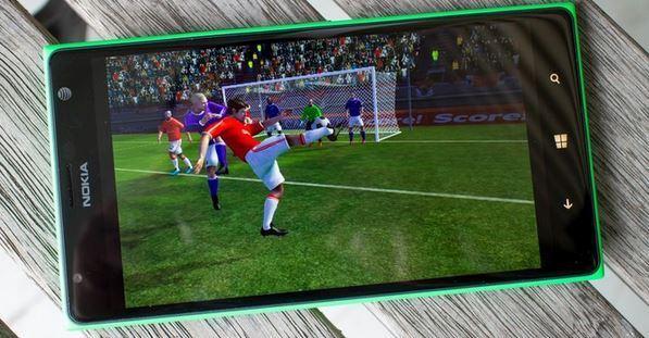 Scarica Dream League Soccer per Android 1