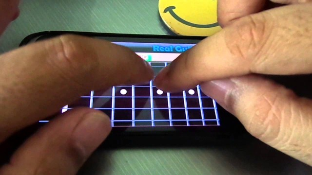 Scarica Real Guitar per Android 3