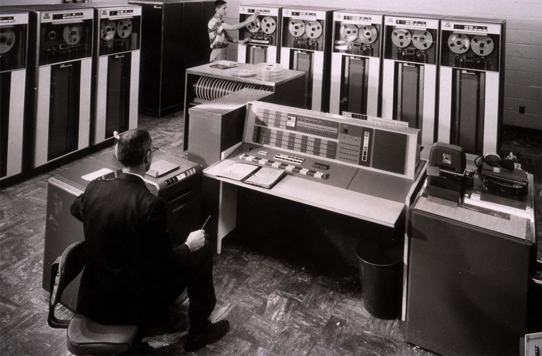 Generazioni di computer e ciascuna delle sue caratteristiche 1