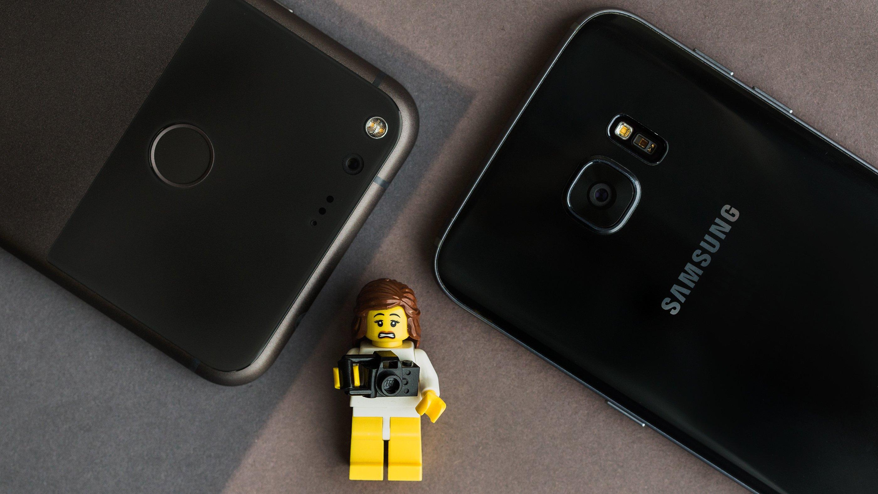 Cosa viene eliminato quando si esegue il ripristino hardware del telefono cellulare? 1