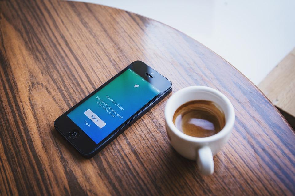 Come gestire più account Twitter su un iPhone? 1