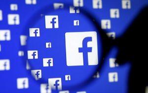 Come visualizzare le richieste di amicizia inviate su Facebook su Android? 35